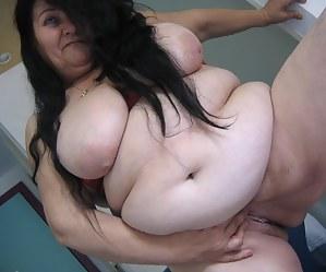SSBBW MILF Porn Pictures