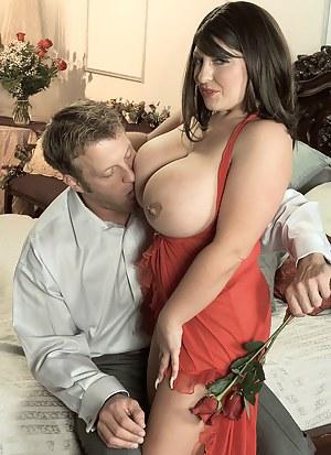 Romantic MILF Porn Pictures