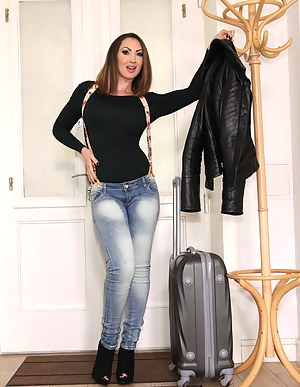suggest you visit cox mature swinger are mistaken. Write